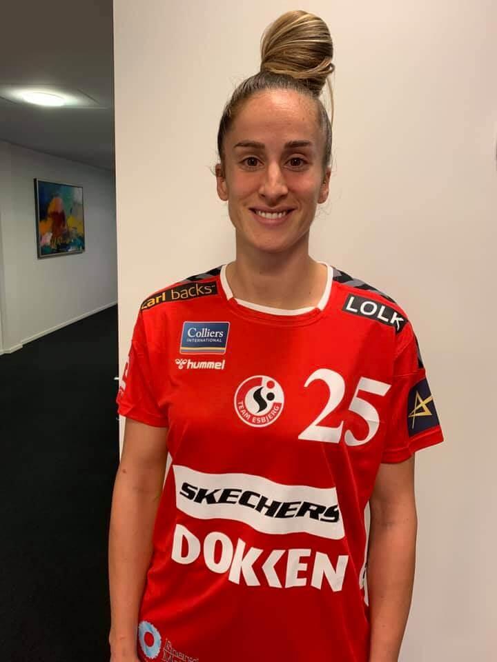 Nerea Pena a Team Esbjerg mezében. Fotó: teamesbjerg.dk
