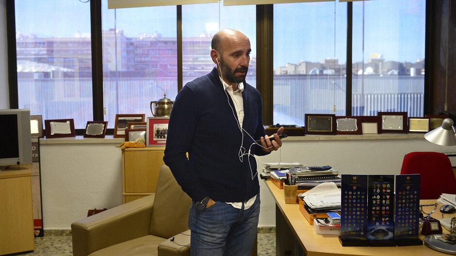 Monchi az irodában tervezi az FC Sevilla sportsikereit. Fotó Christina Quicler Scanpix Denmark
