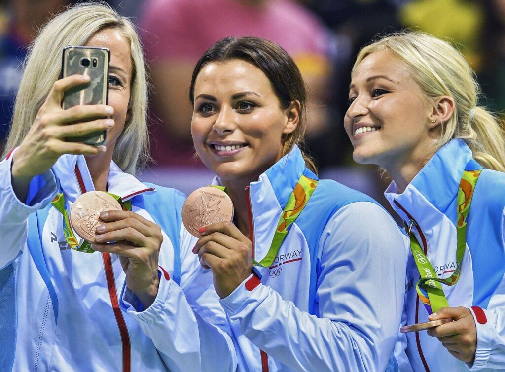 Löke, Mörk és Oftedal Rio de Janeiróban az Olimpián. Fotó Björn S. Delebekk