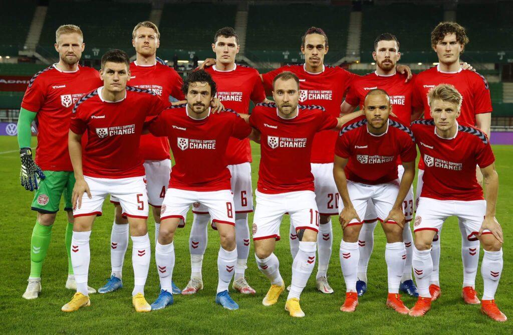Dán labdarúgó-válogatott Ausztria ellen.