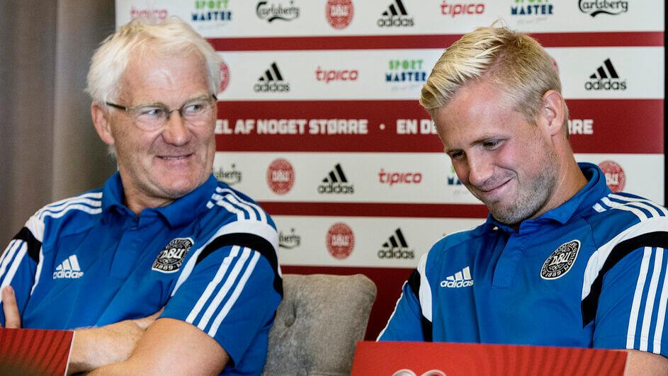 Morten Olsen és Kasper Schmeichel egy más mellett 2015ben. Fotó:  Liselotte Sabroe / Scanpix Denmark